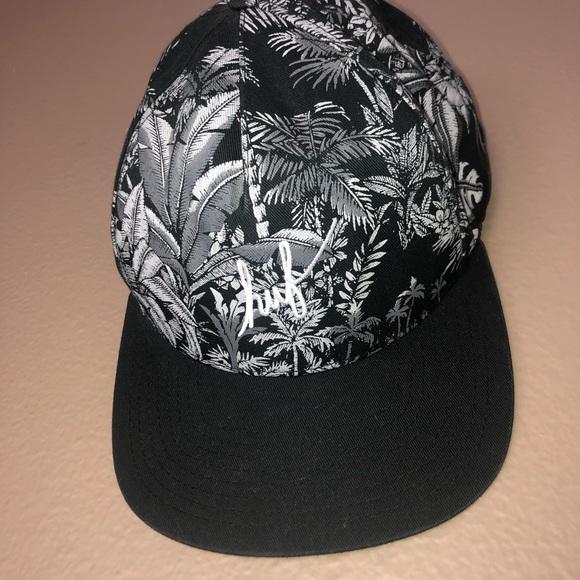 HUF Other - HUF Black Palm Print SnapBack Hat